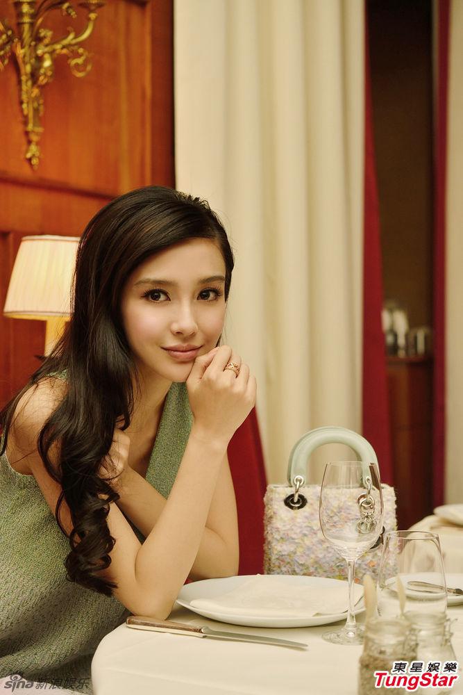 http://www.sinaimg.cn/dy/slidenews/4_img/2013_09/704_901966_299582.jpg