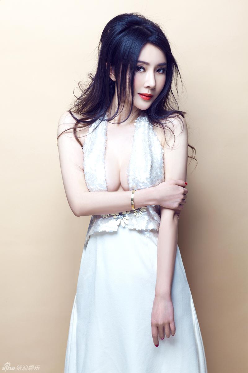 http://www.sinaimg.cn/dy/slidenews/4_img/2013_10/704_906189_794602.jpg