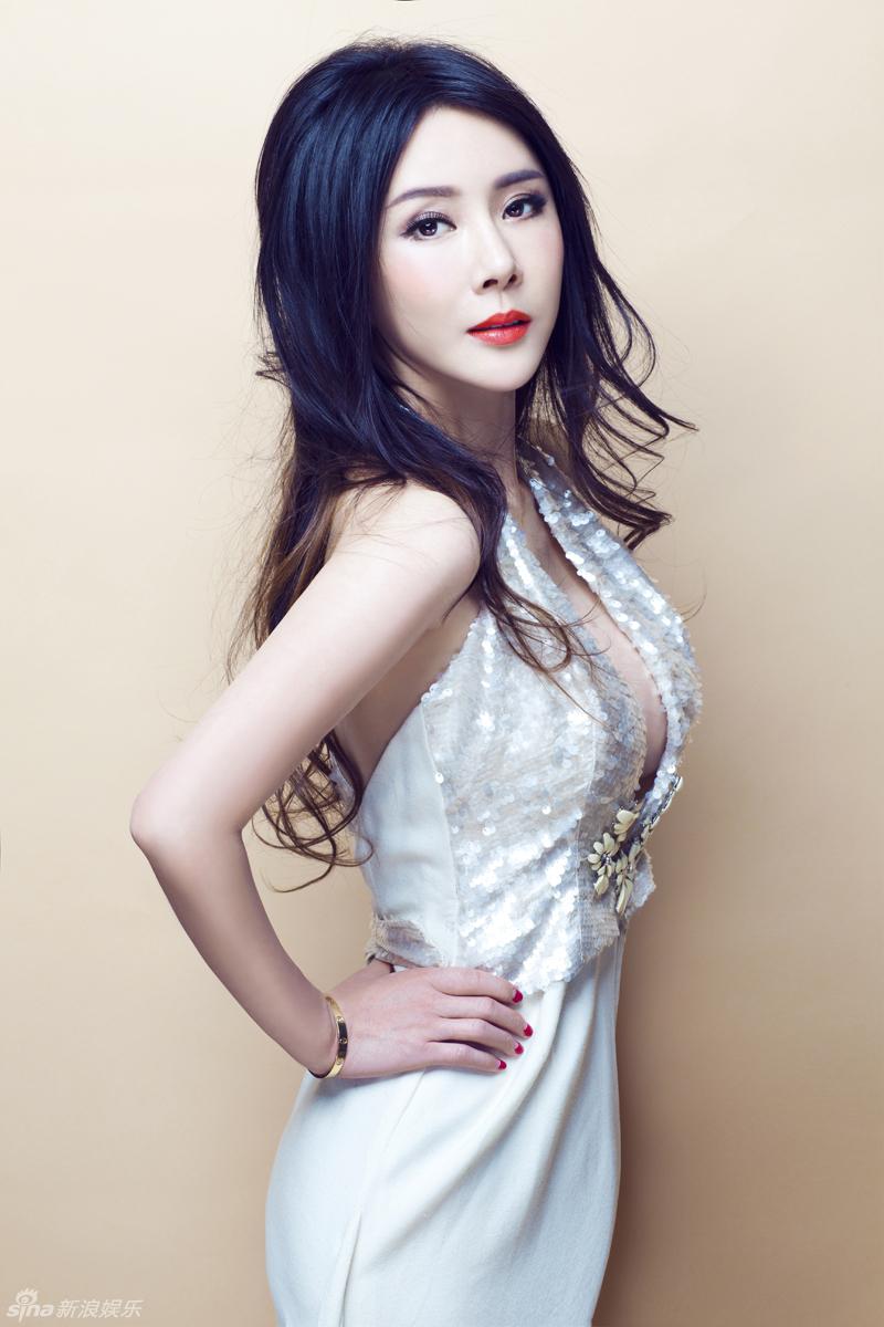 http://www.sinaimg.cn/dy/slidenews/4_img/2013_10/704_906190_115230.jpg