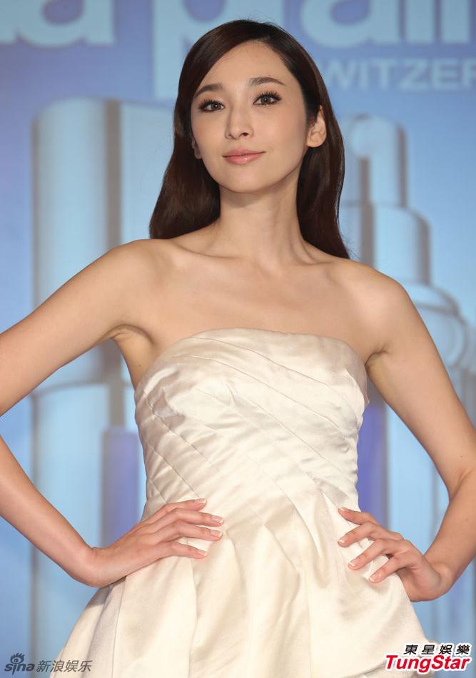 http://www.sinaimg.cn/dy/slidenews/4_img/2013_11/704_908214_330627.jpg