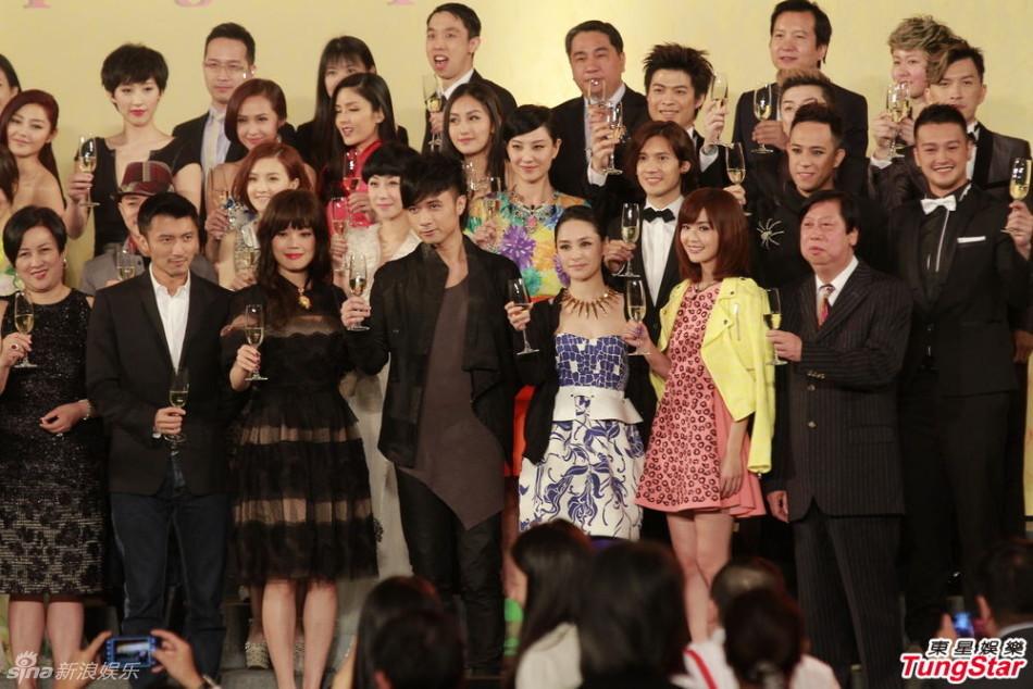 http://www.sinaimg.cn/dy/slidenews/4_img/2013_11/704_912287_696558.jpg