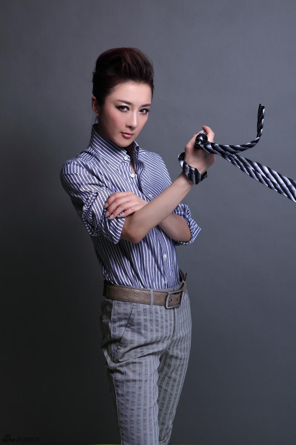 http://www.sinaimg.cn/dy/slidenews/4_img/2013_12/704_913847_521239.jpg
