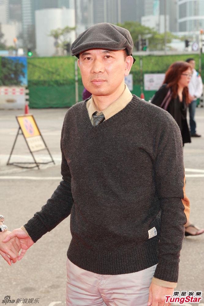 http://www.sinaimg.cn/dy/slidenews/4_img/2013_12/704_914171_783853.jpg