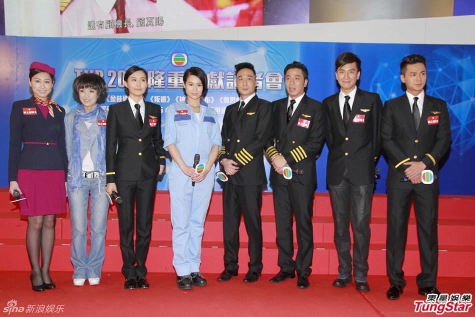 http://www.sinaimg.cn/dy/slidenews/4_img/2013_12/704_916219_482431.jpg