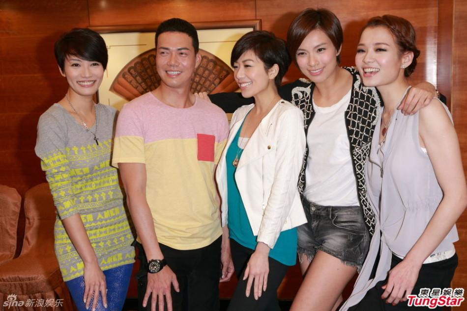 http://www.sinaimg.cn/dy/slidenews/4_img/2013_12/704_919054_897872.jpg