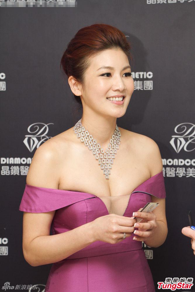 http://www.sinaimg.cn/dy/slidenews/4_img/2013_12/704_919158_542878.jpg