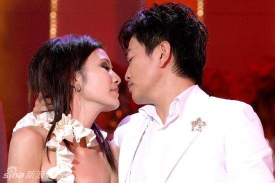 http://www.sinaimg.cn/dy/slidenews/4_img/2013_12/704_919304_581898.jpg