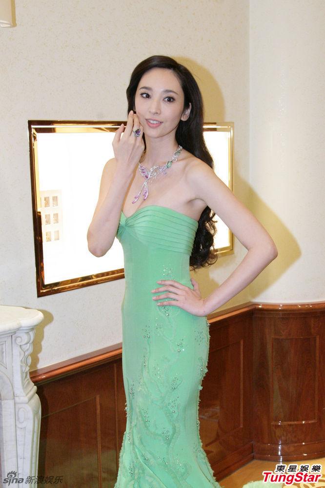 http://www.sinaimg.cn/dy/slidenews/4_img/2013_13/704_922615_455207.jpg
