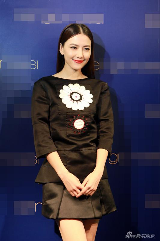 http://www.sinaimg.cn/dy/slidenews/4_img/2013_13/704_924443_107176.jpg