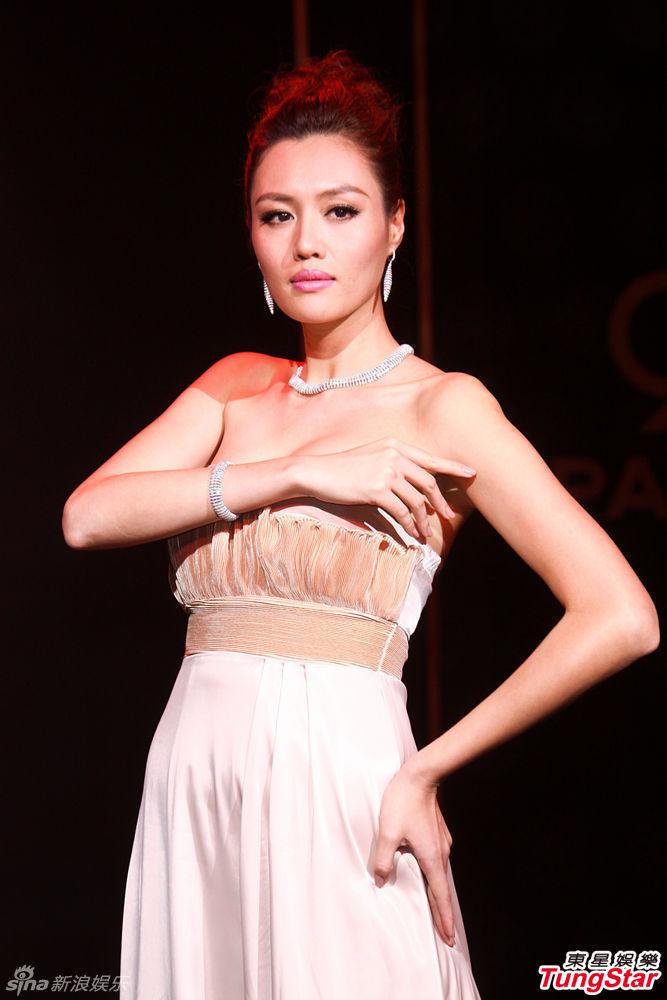 http://www.sinaimg.cn/dy/slidenews/4_img/2013_13/704_924503_252258.jpg