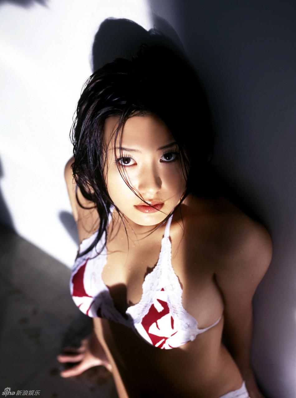 http://www.sinaimg.cn/dy/slidenews/4_img/2013_15/704_934011_245336.jpg