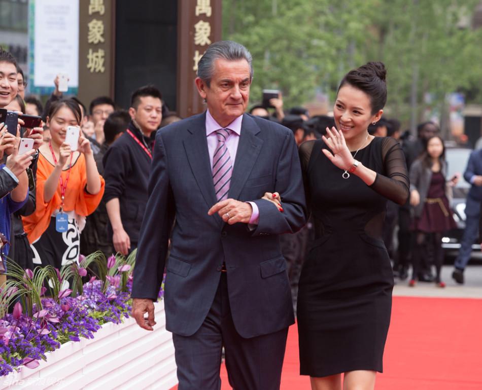 http://www.sinaimg.cn/dy/slidenews/4_img/2013_15/704_935186_780162.jpg