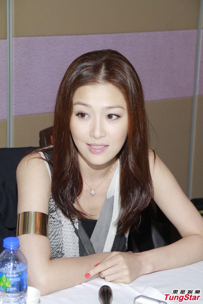 http://www.sinaimg.cn/dy/slidenews/4_img/2013_15/704_935302_218480.jpg