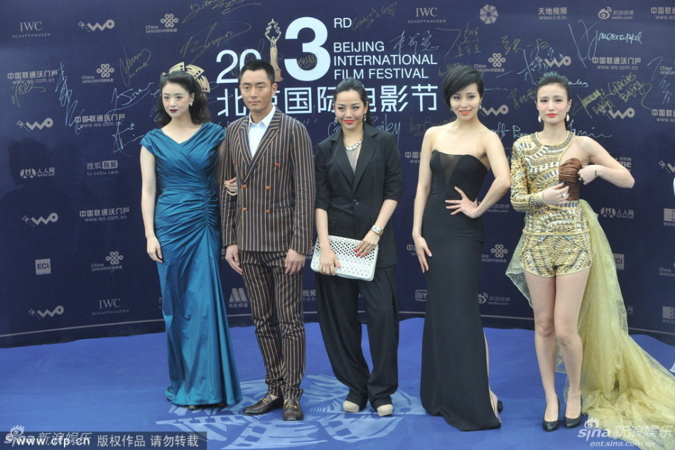 http://www.sinaimg.cn/dy/slidenews/4_img/2013_17/704_947941_863559.jpg