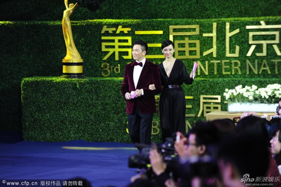 http://www.sinaimg.cn/dy/slidenews/4_img/2013_17/704_948123_761939.jpg