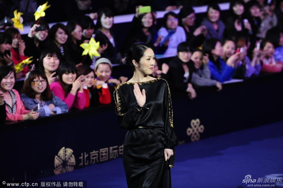 http://www.sinaimg.cn/dy/slidenews/4_img/2013_17/704_948129_776045.jpg