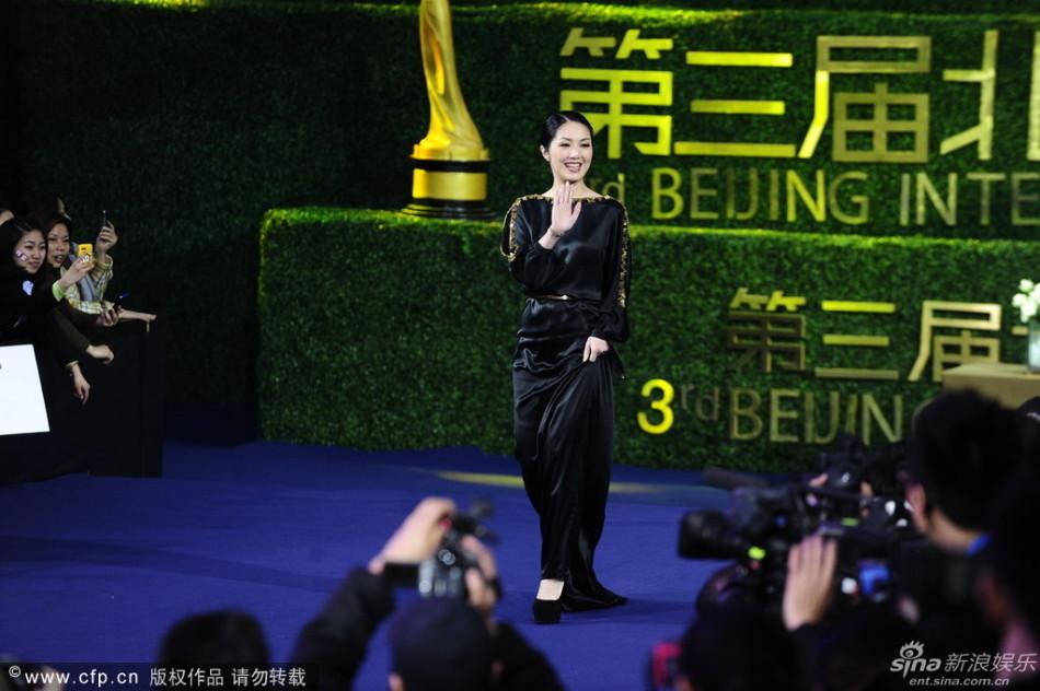 http://www.sinaimg.cn/dy/slidenews/4_img/2013_17/704_948131_187568.jpg