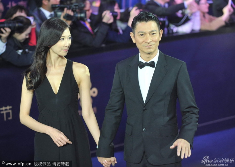 http://www.sinaimg.cn/dy/slidenews/4_img/2013_17/704_948223_271907.jpg