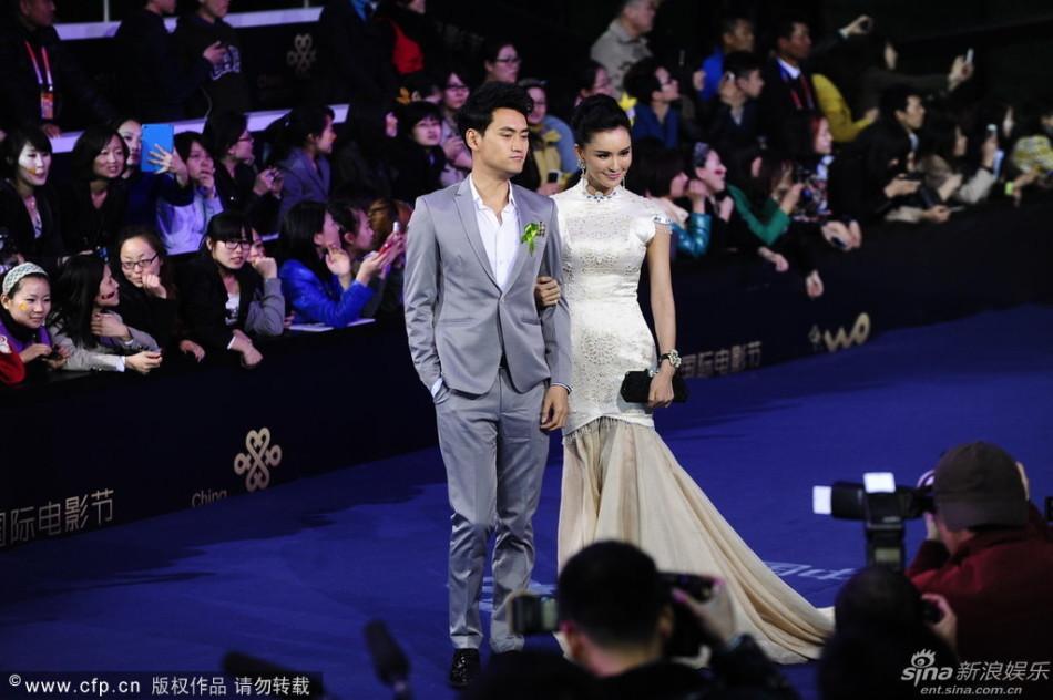 http://www.sinaimg.cn/dy/slidenews/4_img/2013_17/704_948256_303284.jpg