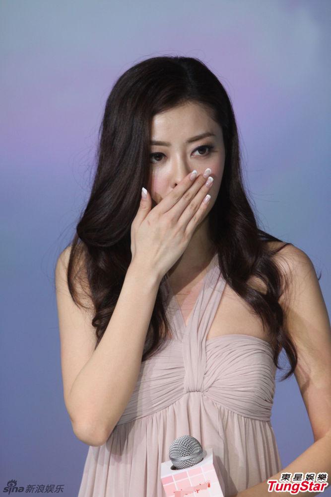 http://www.sinaimg.cn/dy/slidenews/4_img/2013_17/704_950866_755657.jpg