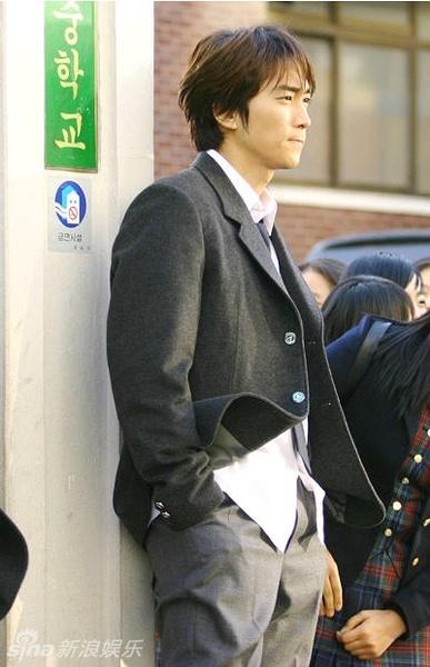 策划 校服军装白大褂 韩版美男制服诱惑图片