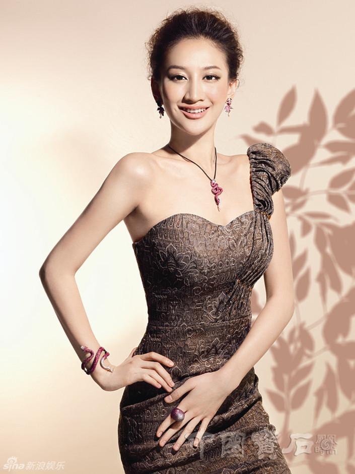 http://www.sinaimg.cn/dy/slidenews/4_img/2013_18/704_953909_506820.jpg