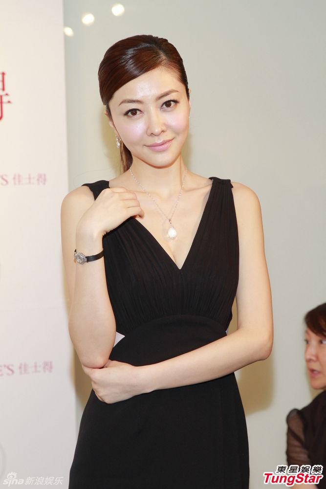 http://www.sinaimg.cn/dy/slidenews/4_img/2013_19/704_960136_523996.jpg