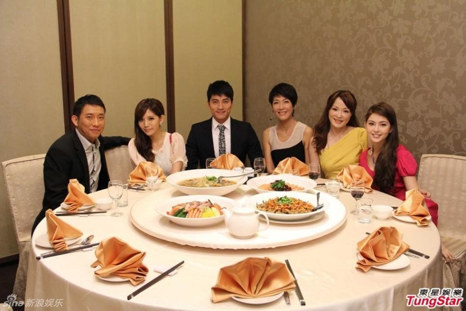 http://www.sinaimg.cn/dy/slidenews/4_img/2013_19/704_963068_443626.jpg