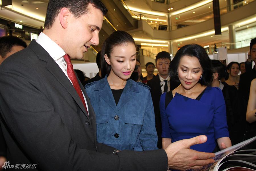 http://www.sinaimg.cn/dy/slidenews/4_img/2013_19/704_963998_167228.jpg