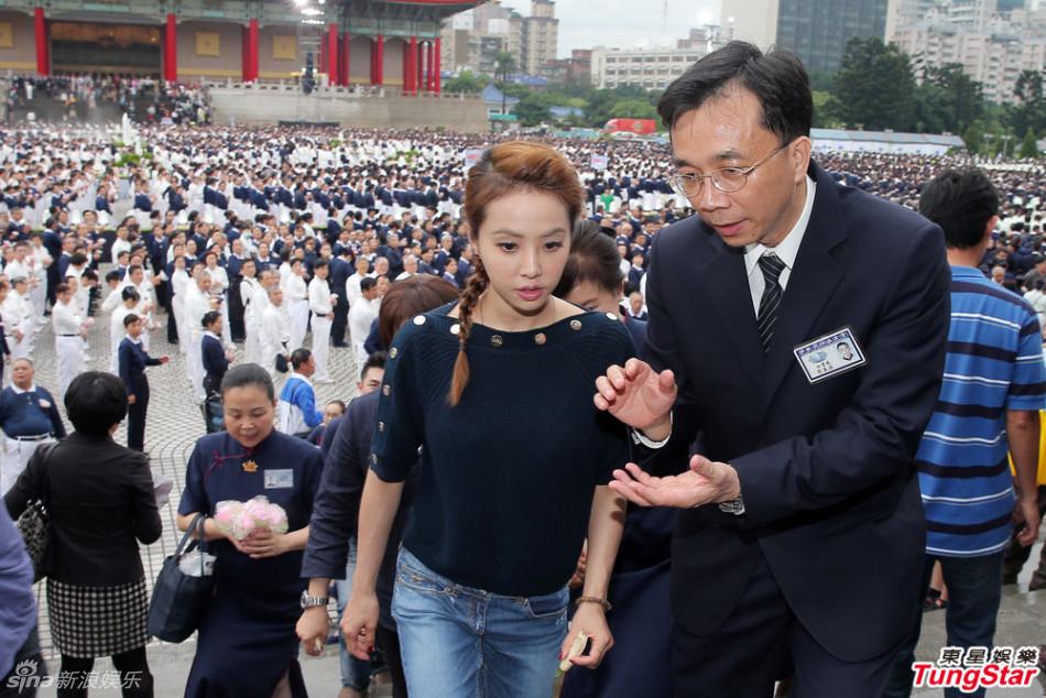 http://www.sinaimg.cn/dy/slidenews/4_img/2013_20/704_964928_849054.jpg