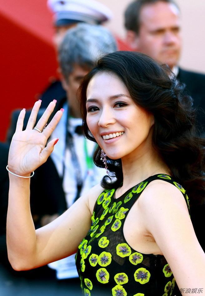 http://www.sinaimg.cn/dy/slidenews/4_img/2013_22/704_981457_286170.jpg