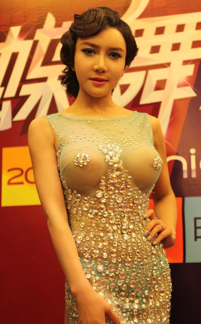 http://www.sinaimg.cn/dy/slidenews/4_img/2013_22/704_986048_765175.jpg