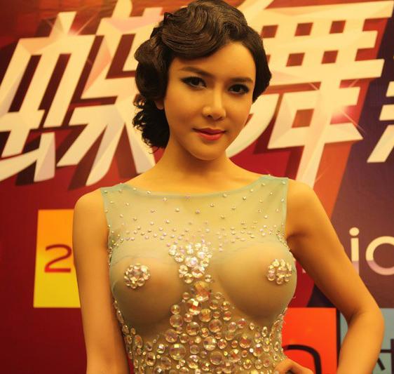 http://www.sinaimg.cn/dy/slidenews/4_img/2013_22/704_986051_205351.jpg