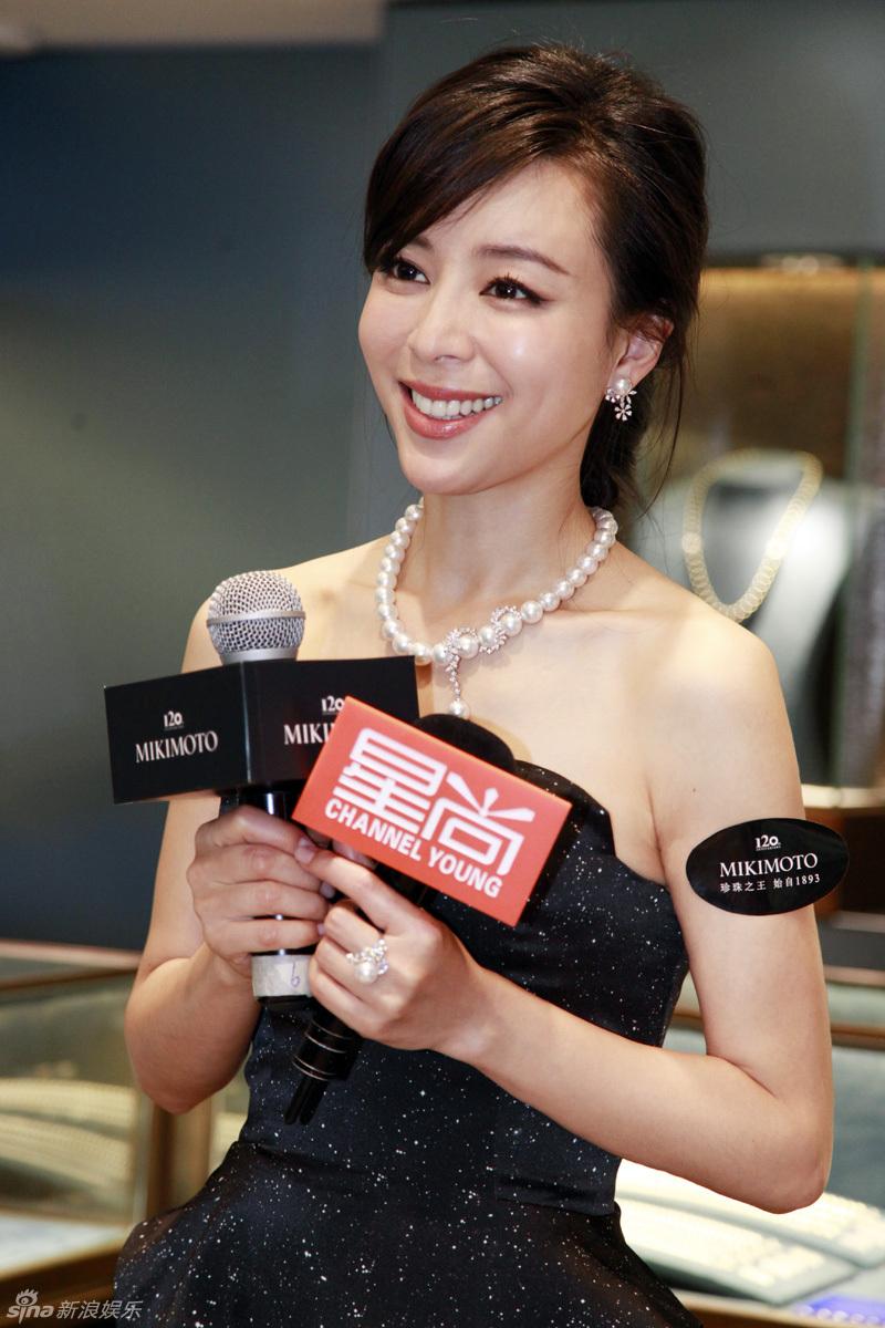 http://www.sinaimg.cn/dy/slidenews/4_img/2013_22/704_986071_882112.jpg