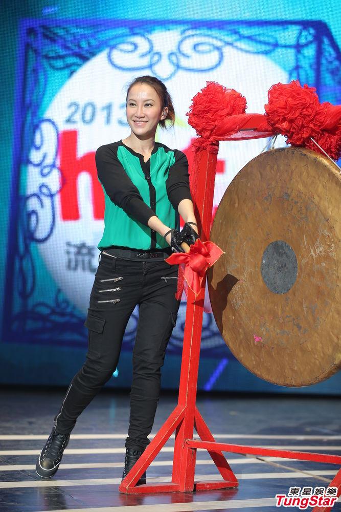 http://www.sinaimg.cn/dy/slidenews/4_img/2013_22/704_987488_792885.jpg