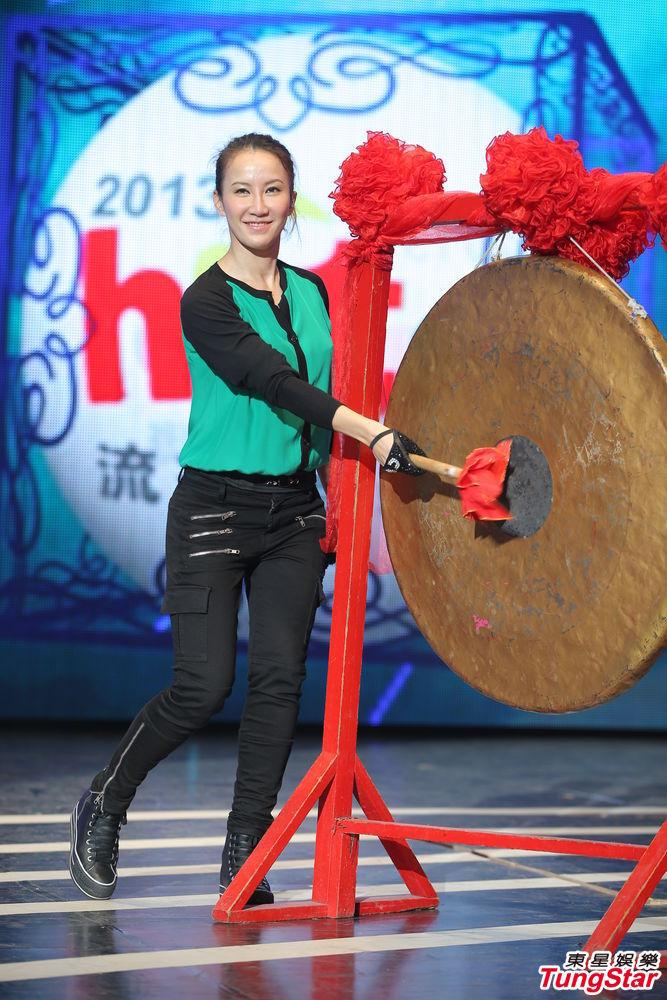 http://www.sinaimg.cn/dy/slidenews/4_img/2013_22/704_987489_115833.jpg
