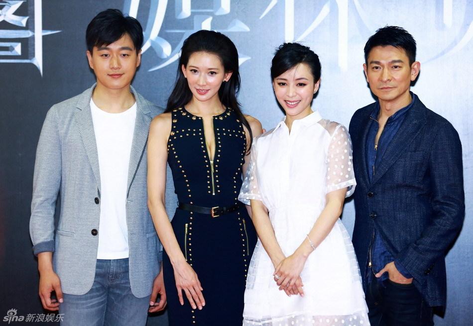 http://www.sinaimg.cn/dy/slidenews/4_img/2013_22/704_987709_936783.jpg