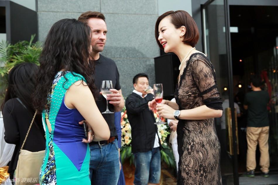http://www.sinaimg.cn/dy/slidenews/4_img/2013_23/704_988326_642735.jpg