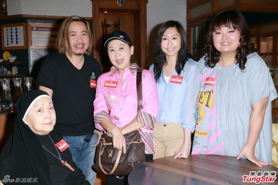 http://www.sinaimg.cn/dy/slidenews/4_img/2013_23/704_990242_894606.jpg