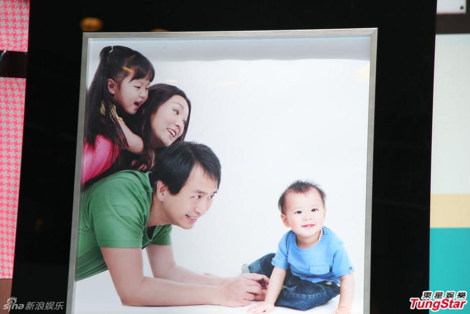 http://www.sinaimg.cn/dy/slidenews/4_img/2013_23/704_990463_516648.jpg