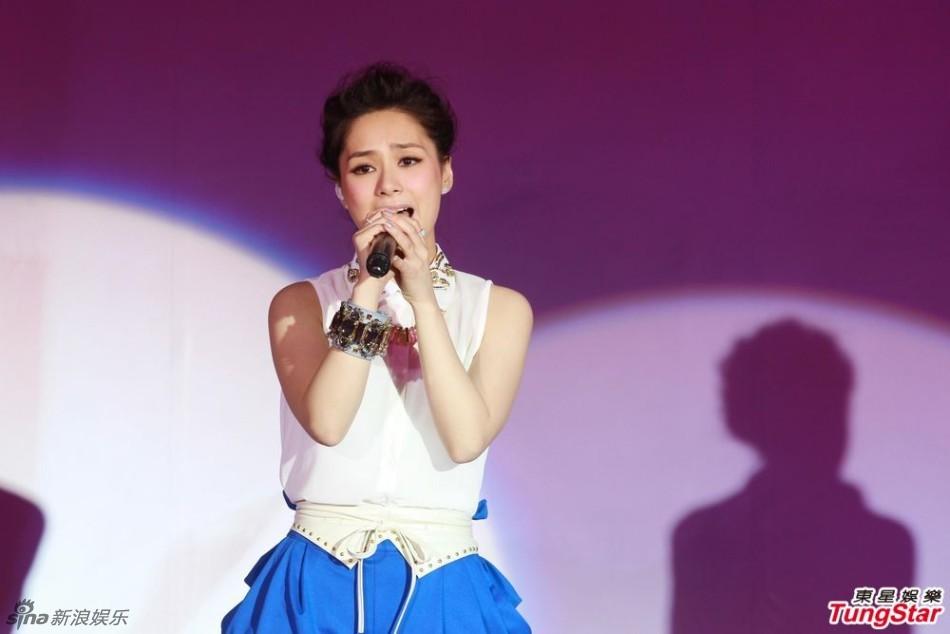 http://www.sinaimg.cn/dy/slidenews/4_img/2013_23/704_992320_638756.jpg