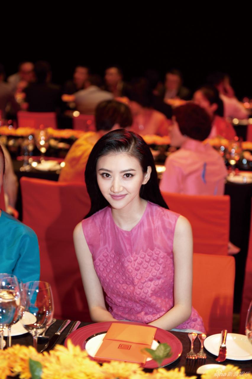 http://www.sinaimg.cn/dy/slidenews/4_img/2013_23/704_994883_332278.jpg