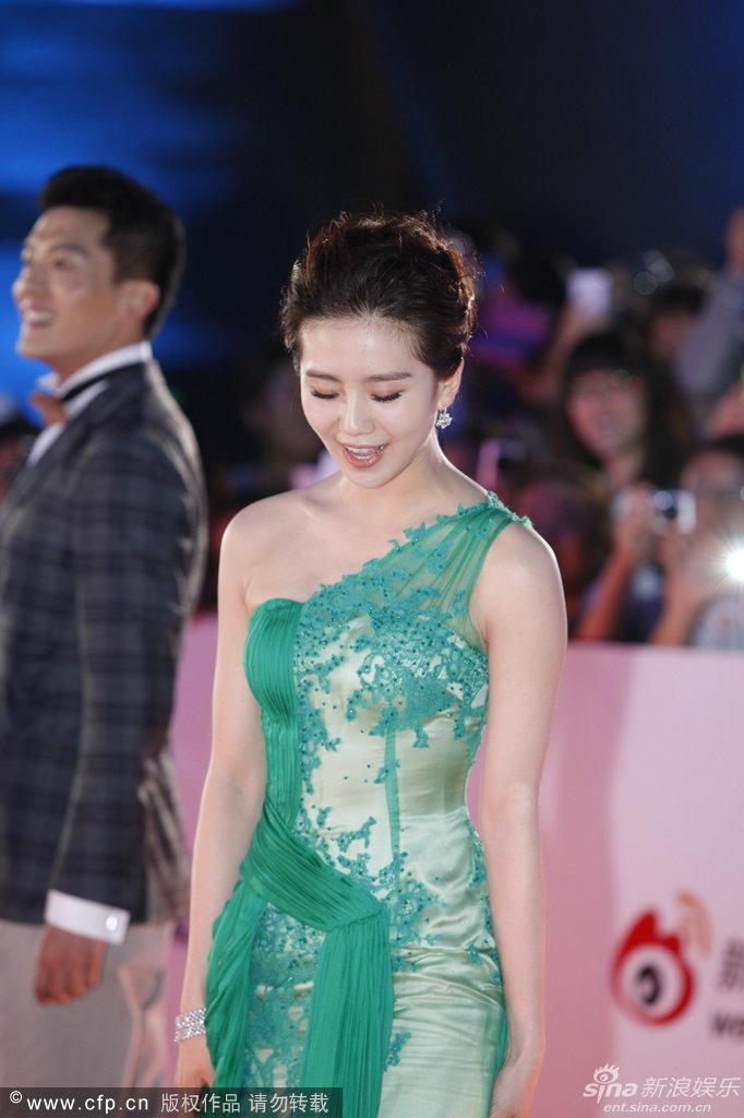 http://www.sinaimg.cn/dy/slidenews/4_img/2013_24/704_998601_732778.jpg