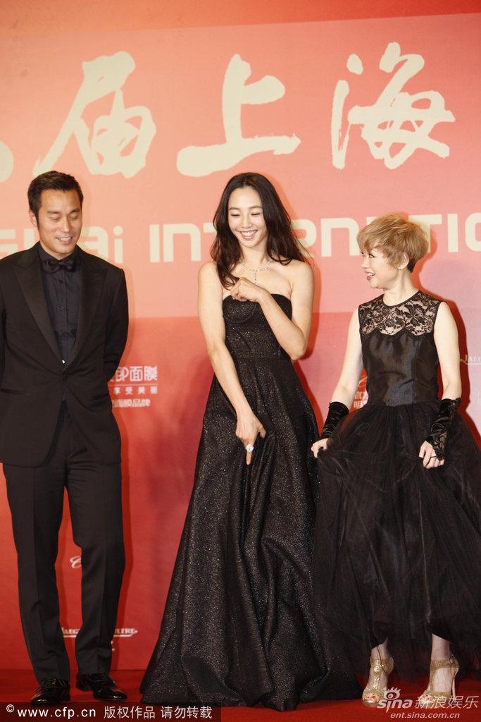 http://www.sinaimg.cn/dy/slidenews/4_img/2013_24/704_999264_823907.jpg