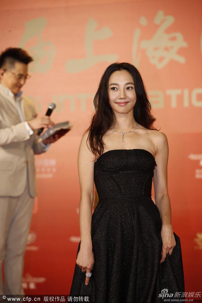 http://www.sinaimg.cn/dy/slidenews/4_img/2013_24/704_999266_424868.jpg