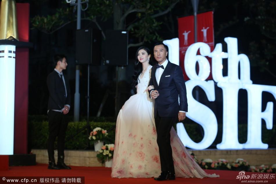 http://www.sinaimg.cn/dy/slidenews/4_img/2013_24/704_999318_553245.jpg