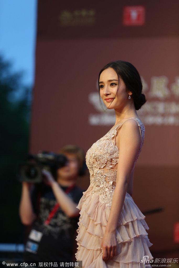 http://www.sinaimg.cn/dy/slidenews/4_img/2013_24/704_999444_137546.jpg