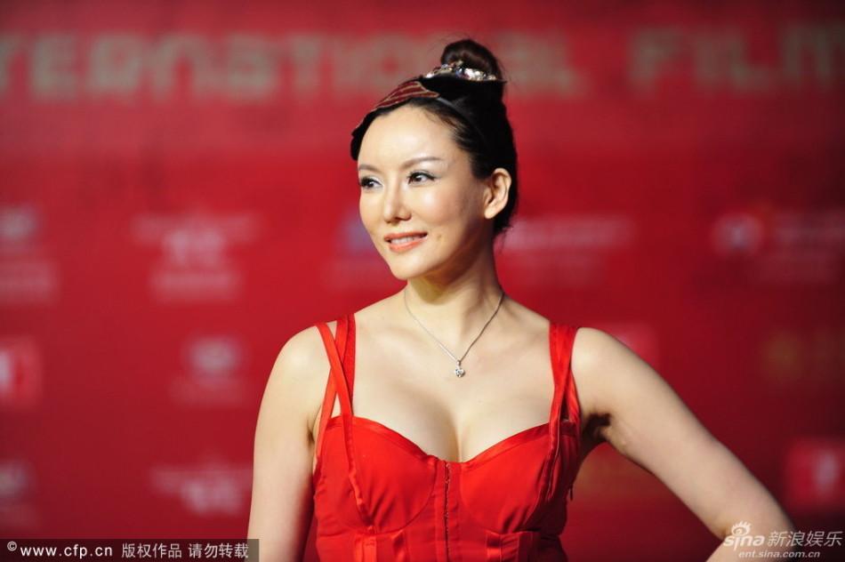 http://www.sinaimg.cn/dy/slidenews/4_img/2013_24/704_999511_756773.jpg