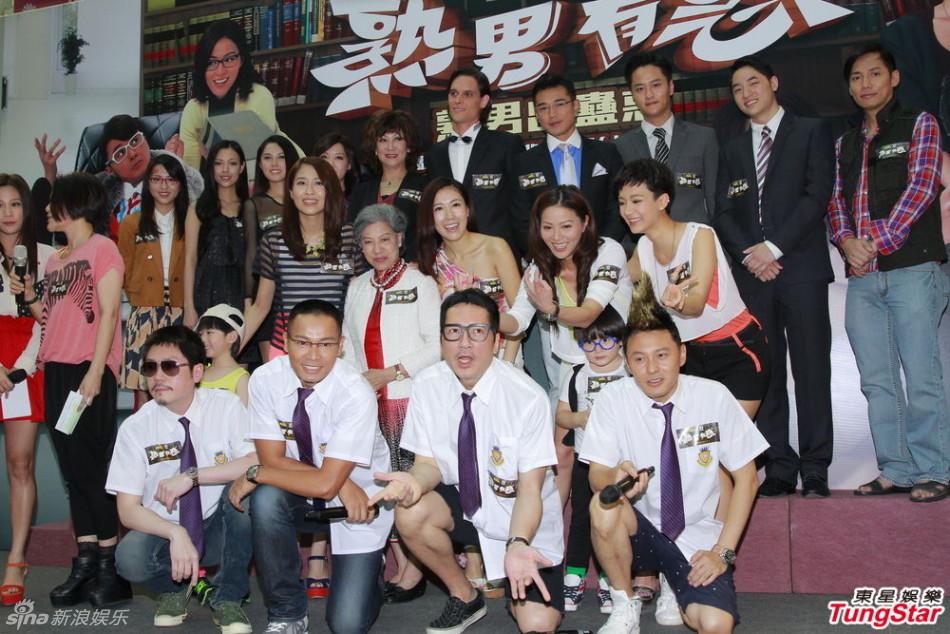 http://www.sinaimg.cn/dy/slidenews/4_img/2013_25/704_1000713_301627.jpg