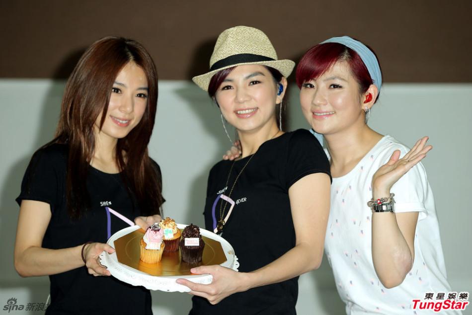 http://www.sinaimg.cn/dy/slidenews/4_img/2013_25/704_1003089_454516.jpg